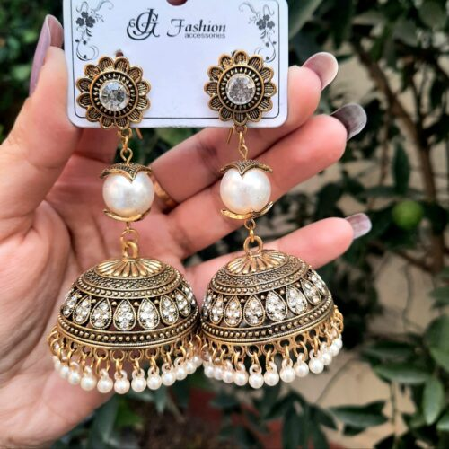 Antique Jhumka with Pearls